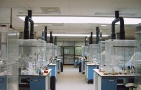 afzuigkasten op maat voor laboratorium