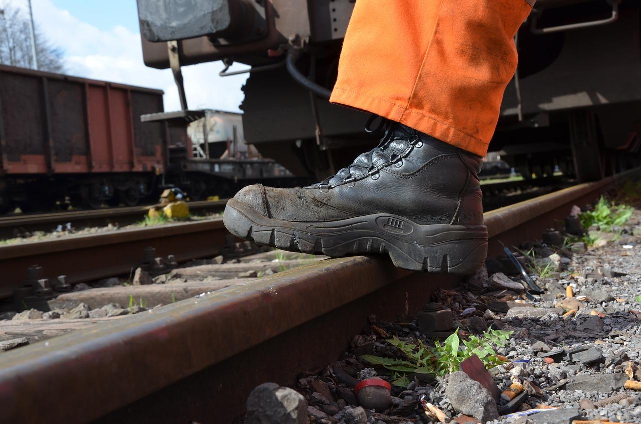 Werkschoenen Horeca Keuken : Werkschoenen welke normering heb je nodig werkveiligheidswijzer