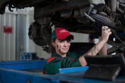 bedrijfsauto repareren of een nieuwe