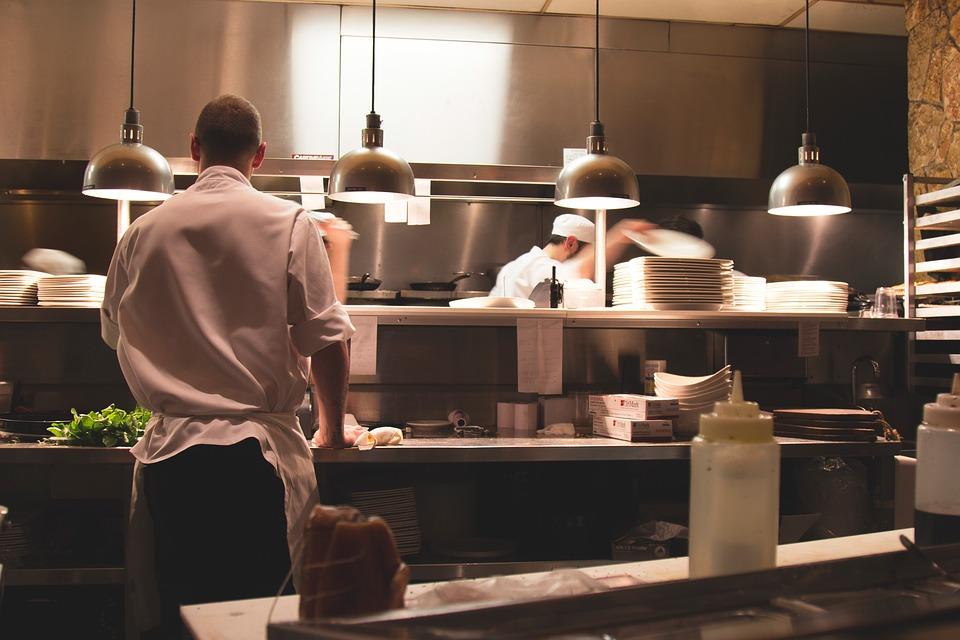 Horeca Vloeren Keuken : Vloeren voor in de horeca keuken werkveiligheidswijzer